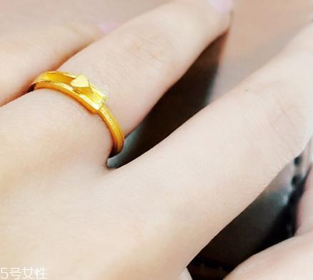 如何一眼就把金戒指和赝品区分开来
