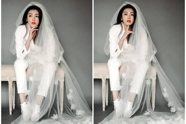 时尚明星的婚纱照