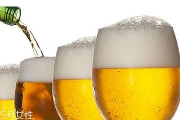 啤酒是酸性还是碱性 含有大量碳酸成分