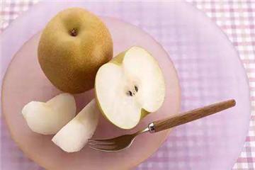 吃梨喝水拉肚子吗 吃梨要注意什么