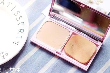 油性皮肤容易脱妆怎么办 4种产品持妆一整天