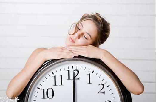 睡眠时间长好吗 睡眠时间长的危害