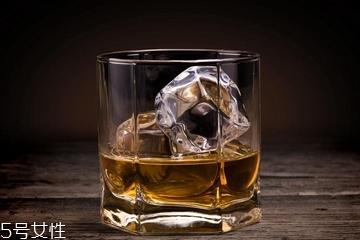 威士忌是白酒吗 它们很不同