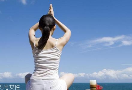 自学瑜伽需要注意什么 自学瑜伽入门教程