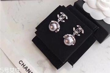 珍珠耳环一般多少钱 精致优雅尽显