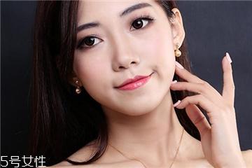 珍珠耳环适合什么年龄 要学会选择