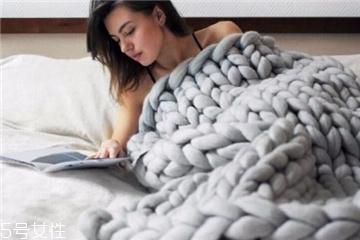 毛毯可以用洗衣机洗吗 会影响使用寿命