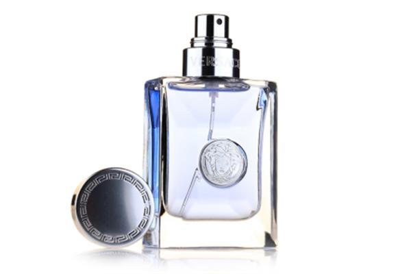 男士香水女士能用吗 如何区分传统意义上的男香和女香