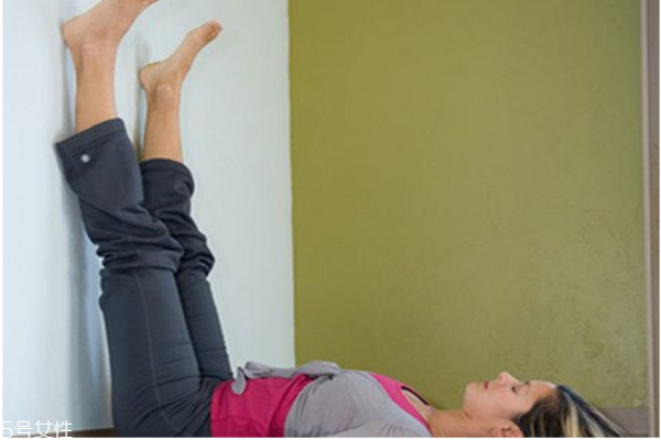 腿倒立在墙上能减腿吗 长期坚持才有效