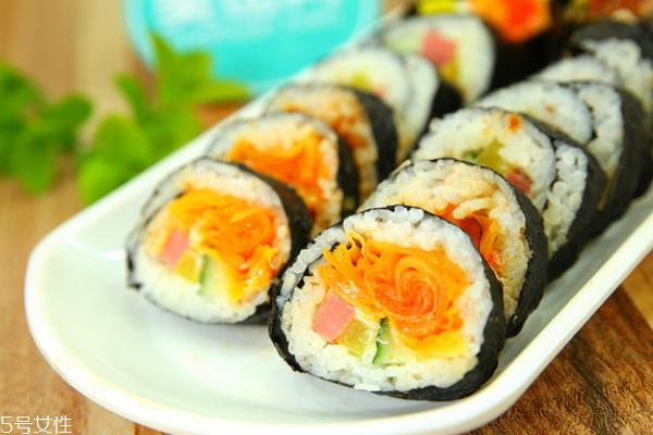 紫菜包饭是寿司吗 它们区别可多了