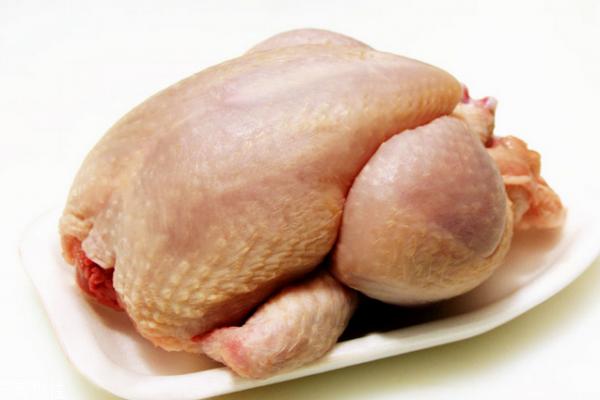 鸡肉为什么是红色的 可能是这三个原因
