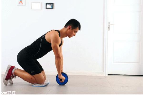 健腹轮可以瘦肚子吗 能坚持用才有效果
