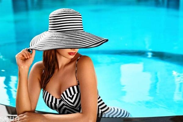 游泳前脸上涂什么 3重保护防干痒脱屑
