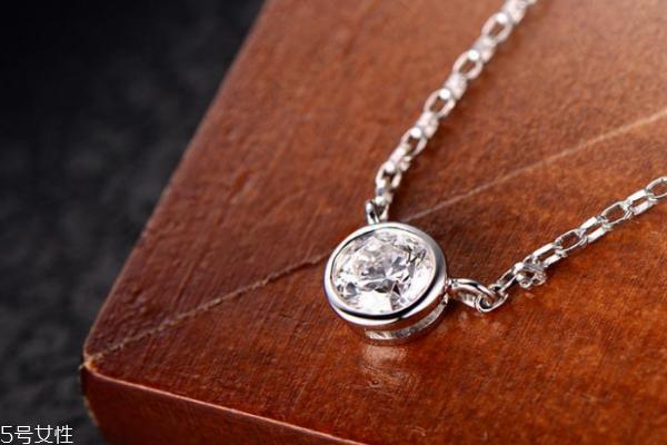 钻石项链怎么看真假 这些细节都要注意