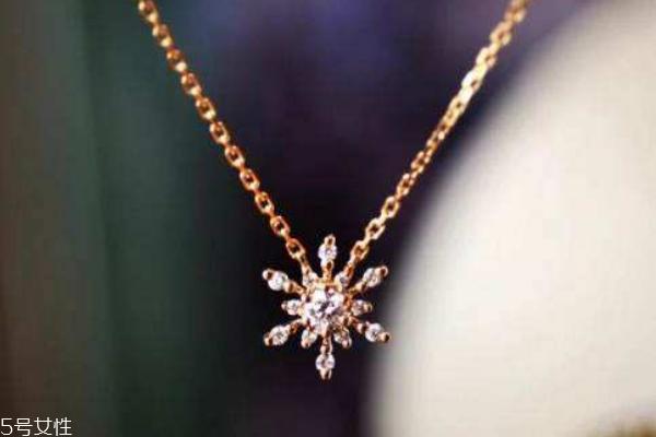 买钻石项链要注意什么 这些都很重要