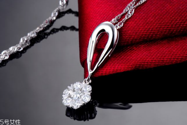 钻石项链证书怎么看 一步步带你了解