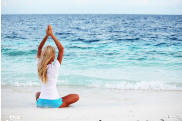 练完瑜伽多久可以游泳 休息一段时间最好