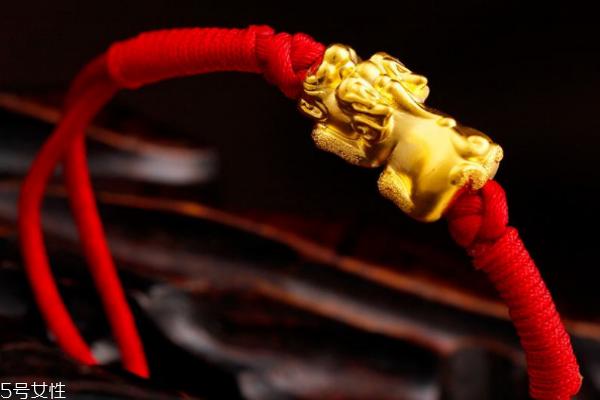 黄金貔貅手链戴哪只手 这些讲究要注意