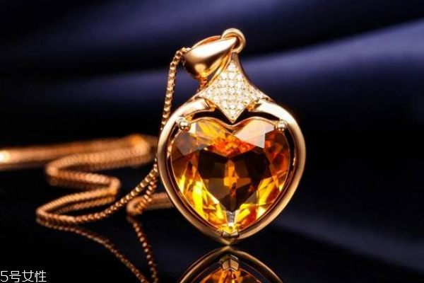 黄水晶适合什么生肖带 找准自己的幸运水晶