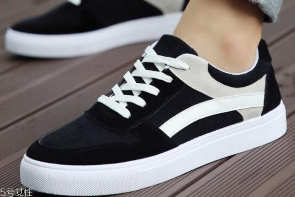 扁平足可以穿板鞋吗 舒适度很重要
