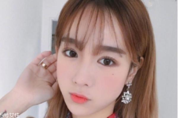 大饼脸适合空气刘海吗 韩系甜美空气刘海推荐