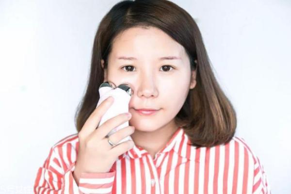 紧致肌肤用什么美容仪 微电流按摩仪打造紧致v脸