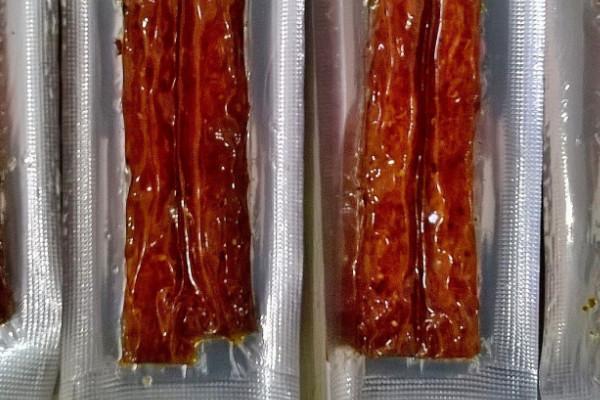 辣条是腐竹做的吗?卫龙辣条承载了90后童年的回忆