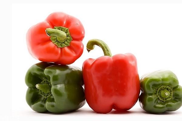青椒为什么是绿色的 因为叶绿素