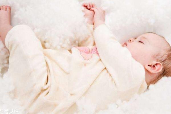 立冬来临新生宝宝如何保暖