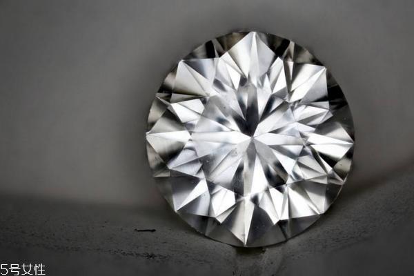 什么是裸钻 裸钻是什么意思 珠宝常识要掌握