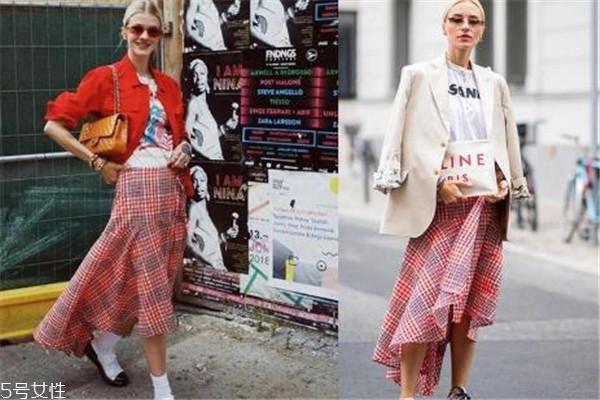 秋季半身裙搭配图片 各种魅力随机切换
