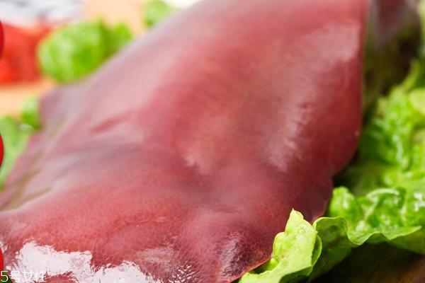 猪肝为什么要用盐水泡 为了排出毒素