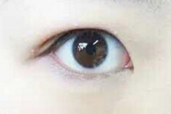 内双怎么画眼线不晕染 内双眼线这样画