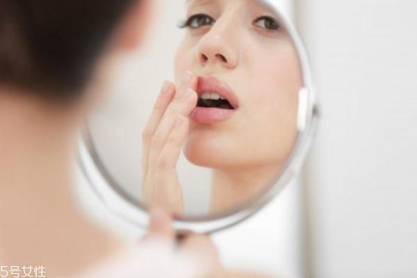 怎样给自己挑选护肤品 光滑水润有绝招