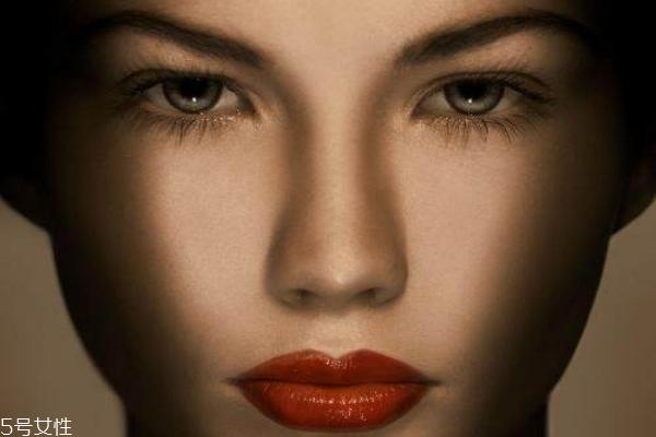 卸妆的重要性和必要性图片