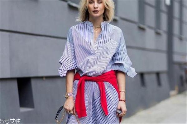 衬衫裙秋天怎么搭配 巧妙搭配不怕冷