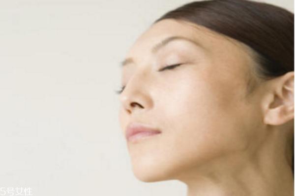 脸部肌肤怎么保养 脸部肌肤基础保养方法