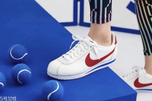 耐克阿甘鞋怎么清洗 不同材质区别对待