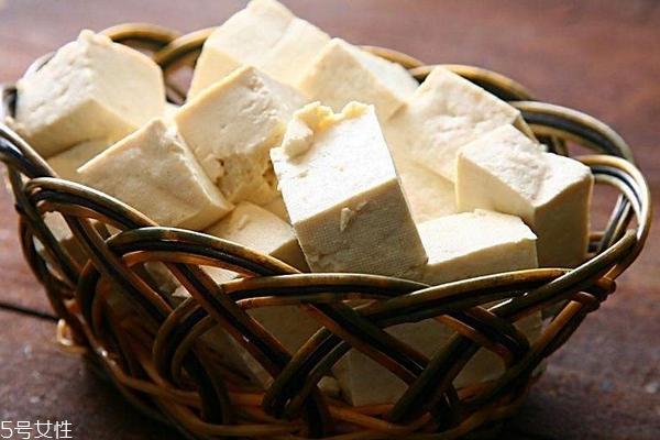 豆腐为什么有点苦 两个原因导致苦
