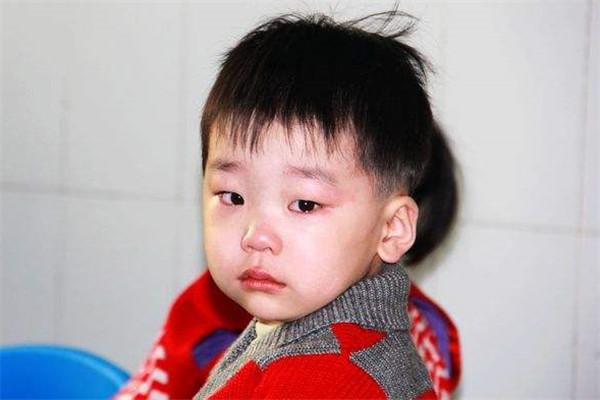 孩子情绪失控大哭怎么办 把握一个心法五个步骤