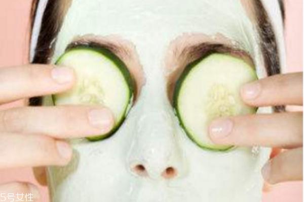 黄瓜敷脸切片多厚度 黄瓜片敷脸的5大好处