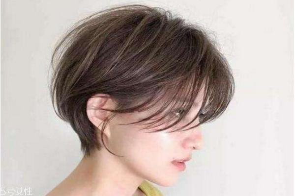 短发烫染什么样的造型好看 不烫不染的女生短发发型