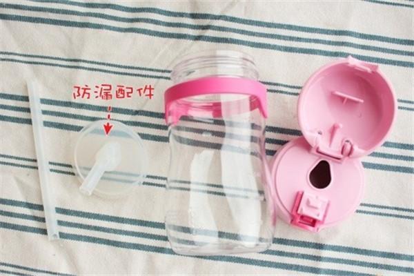 怎么训练宝宝喝水 怎么判断宝宝每天喝水够不够
