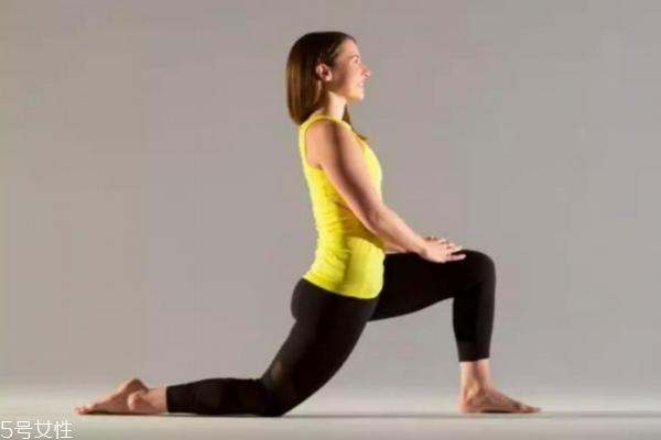 大腿前侧肉怎么减 4招改善大腿前侧肉
