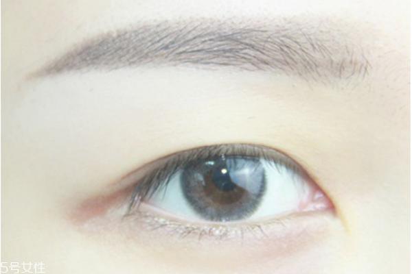 眼妆视频图片