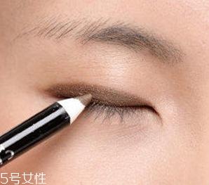 单眼皮丹凤眼怎么画眼妆图片