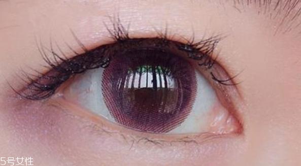 泪眼妆怎么画图片
