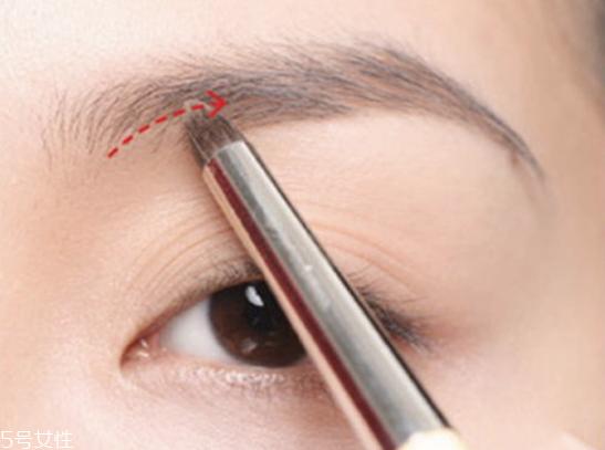 韩式一字眉怎么修 温柔一字眉画法