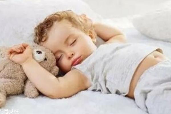 宝宝晚上不睡觉怎么办 小妙招教给你