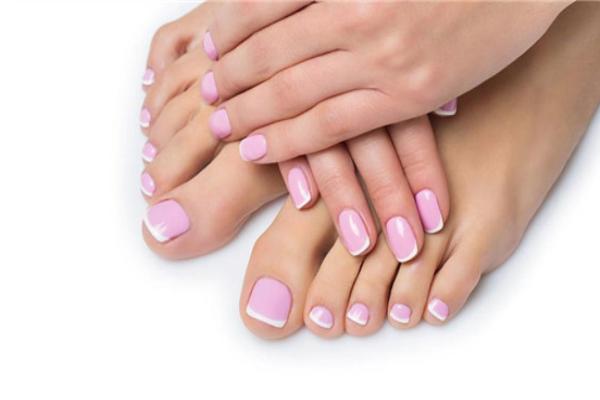 冬天脚冰凉出汗是什么原因 脚冰凉的常见原因